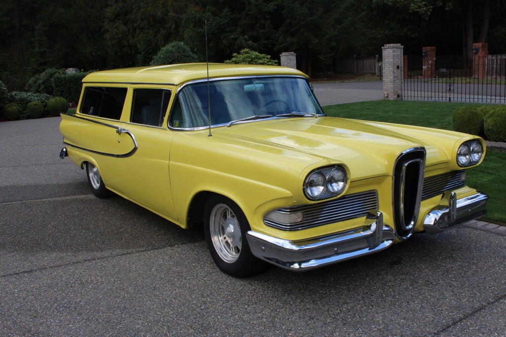 1958 Ford Edsel Roundup 2 Door Station Wagon on rear panel of car