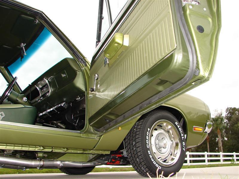 1970 Dodge Dart Swinger 340 show car