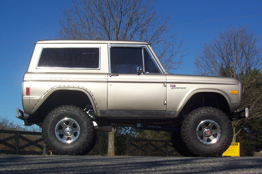 top notch 1977 ford bronco classic fully restored lifted for sale. Cars Review. Best American Auto & Cars Review
