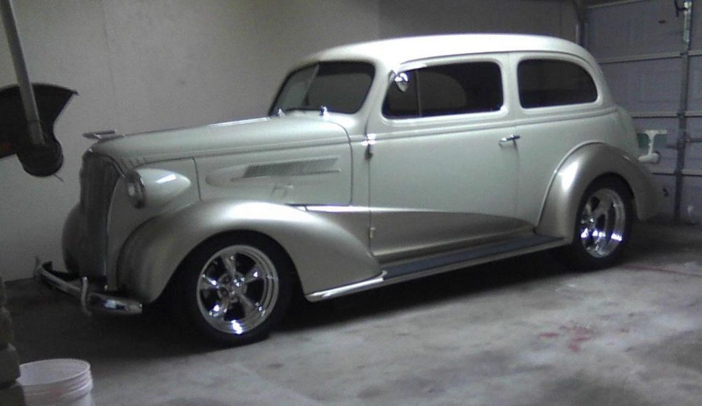 1937 Chevrolet Master Deluxe – Head turner!