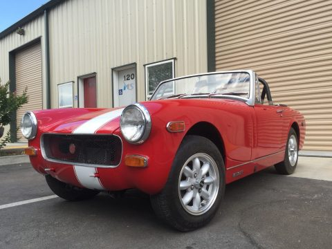 BEAUTIFUL 1974 MG Midget Red for sale