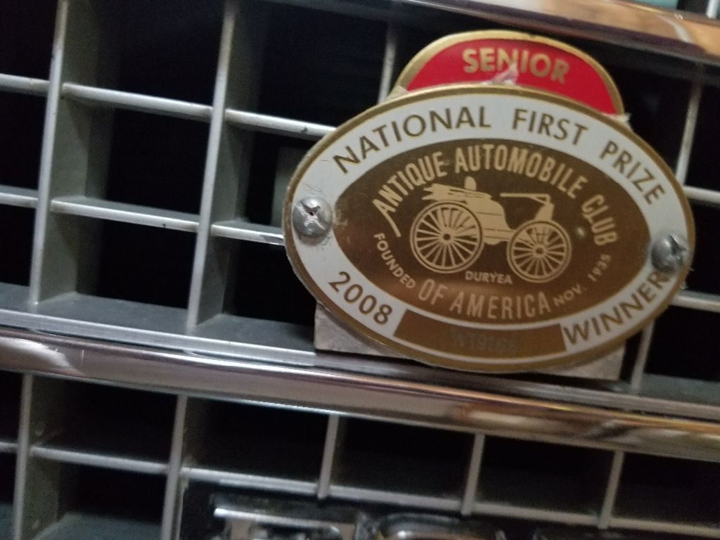 NICE 1978 Ford Granada